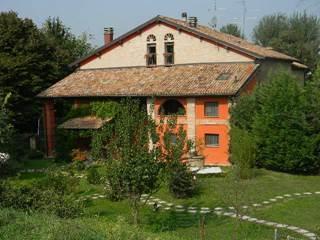 camere in casolare, Modena