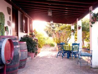 "Folk House, ""Casa Los Hinojales"""