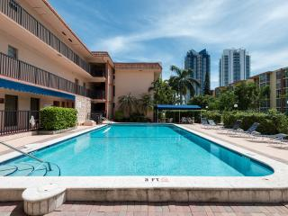 Beautiful apartment - Beach & Shops, Sunny Isles Beach