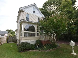 4 Bedroom-2 Bathroom House in Cape May (7359)