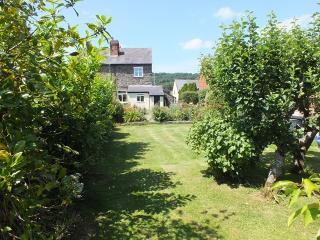 Elm House 2160, Meifod