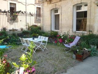 Jardin privatif devant l'appartement