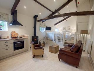LINTON COURT -  Hayloft 2