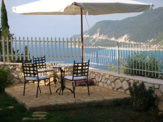 Deep blue lefkada, Agios Nikitas