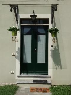 Entrance Door // Porta Entrata