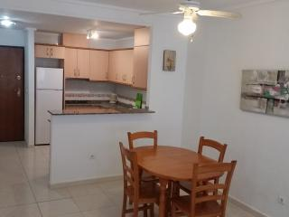 Large Open Plan Kitchen/Diner. Free air-con  to all rooms.