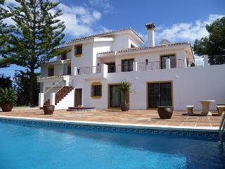 GREAT VILLA VERY CLOSE TO BEST BEACH, Marbella
