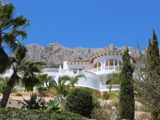 Fantastic apartment in beautiful garden, Casa Suerte Altea la Vella