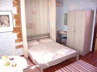Ifigenia' Economy Double Rooms, Chania