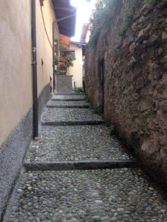 Streets leading to Casa Rossa