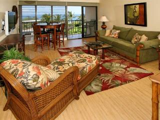 Kihei Akahi D614 has one of the best ocean views in the entire complex.