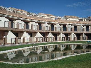 Apt. with terrace,pool Almenar, Almenara