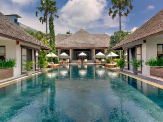 Villa Mandalay - an elite haven, 7BR, Seseh-Tanah Lot