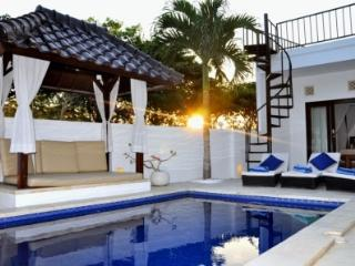 2 BEDROOMS POOL VILLA NEAR DREAMLAND BEACH & GOLF, Pecatu