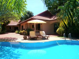 COCONUT LAGOON Delightful Tropical Pool Villa