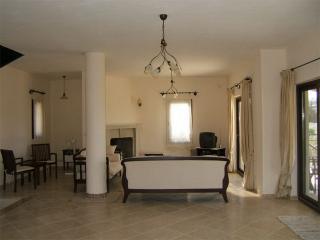 436-Bodrum Bitez 4 Bedroomed Tripleks Villa