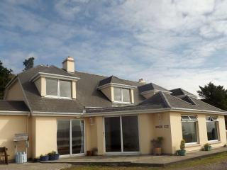 Harbour View Apartments - Spectacular Sea Views, Caherdaniel