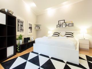 Black&White Old Town Apartment