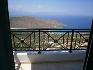 Stunning panoramic sea & mountain views all year., Kavousi