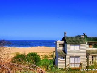 Casa #6, La Amistad Cottages, Uruguay