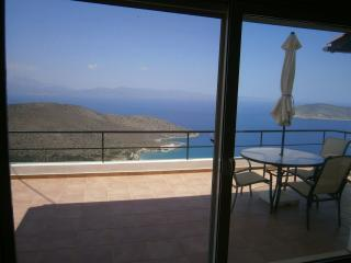 Stunning panoramic sea & mountain views all year., Kavousi