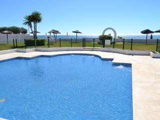 Guadalmina Beach  Seafront Luxury Apartment, Marbella