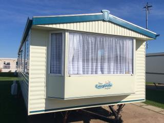 Holiday caravan/Mobile home for hire, Towyn, North Wales