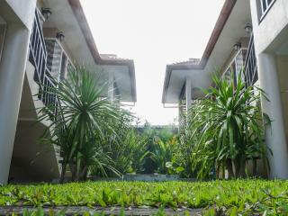 2 bedroom house 15 min walk to the beach, Choeng Thale