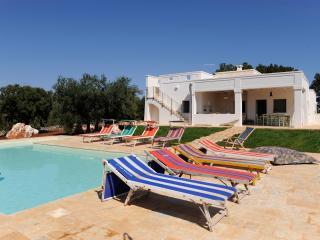 """Villa """"Lamia Quercelli"""", con piscina, Cisternino"""
