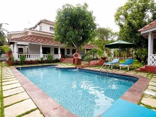 Captain - 4 Bed, PrivatePool, near Vagator