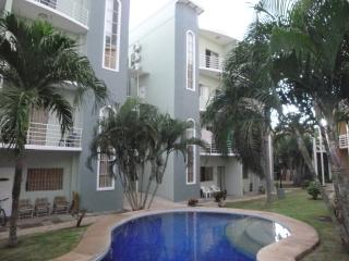 Super Close to the Beach, 2 Bedroom 2.5 Bath, Tamarindo