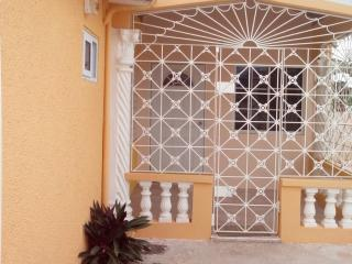 Hellshire Holiday Villas, Portmore