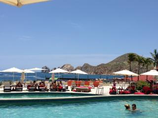 Casa Dorada on Medano Beach- Ocean View 2 BR suite, Cabo San Lucas