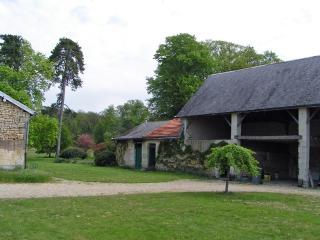 Grand gite dans le parc d'un chateau de la Loire.