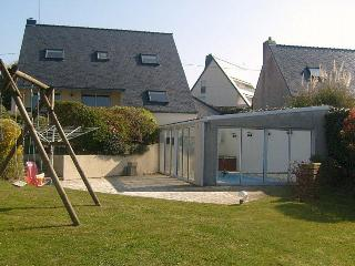 Quiet - Seaside villa, private indoor heated pool, Moëlan sur Mer