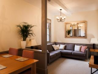 West Lodge Ground Floor Apartment, Wilton