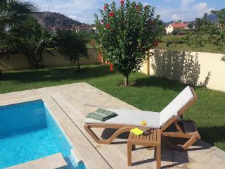 Villa Louise, Secluded Luxury Villa, Pool & Garden