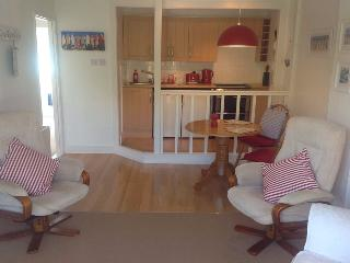 The Upper Deck Bed and Continental Breakfast, New Milton
