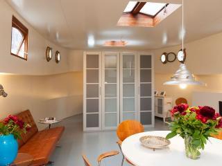 Charming houseboat - 009160I, Amsterdam