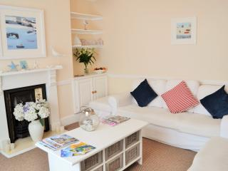 Driftwood Cottage, Very Close to Town and Seafront, Falmouth