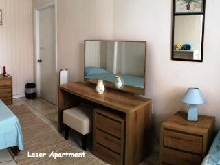 The Lodge - Laser Apartment, English Harbour