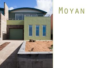 Moyan, Port Fairy