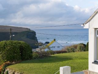 Beach View located in Mawgan Porth, Cornwall, Trenance