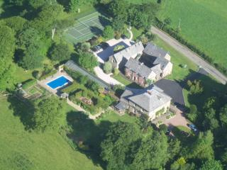 Glebe House Cottages located in Holsworthy, Devon