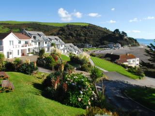 13 Mount Brioni located in Seaton, Cornwall, Looe