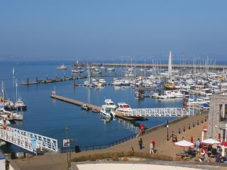 52 Moorings Reach located in Brixham, Devon
