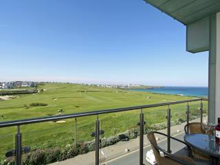 Fistral Penthouse, 52 Zinc located in Newquay, Cornwall