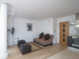 33 Marinus Apartments located in Cowes, Isle Of Wight