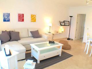 Costa del Sol - Premium Vacation Rental - 6G - 2BR, Benalmadena