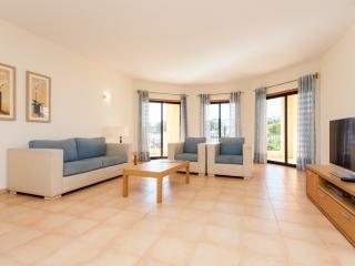 Praia da Luz Apartment by AlgarveApart